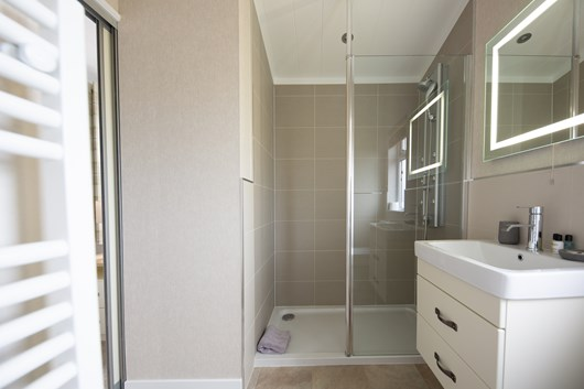 2 bed ensuite 2 website .jpg